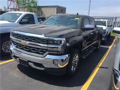 2018 Silverado 1500 Crew Cab 4x4, Pickup #384438 - photo 1