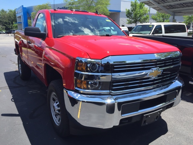 2017 Silverado 2500 Regular Cab 4x4 Pickup #395513 - photo 2