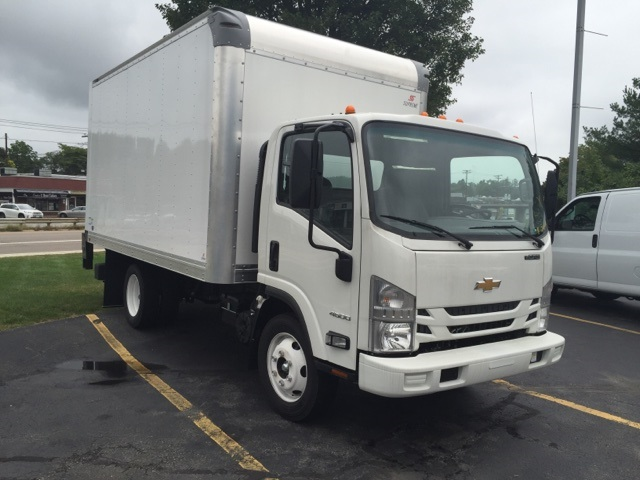 2018 LCF 4500 Regular Cab,  Supreme Dry Freight #804329 - photo 3