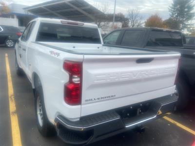 2021 Chevrolet Silverado 1500 Double Cab 4x4, Pickup #MZ122962 - photo 2