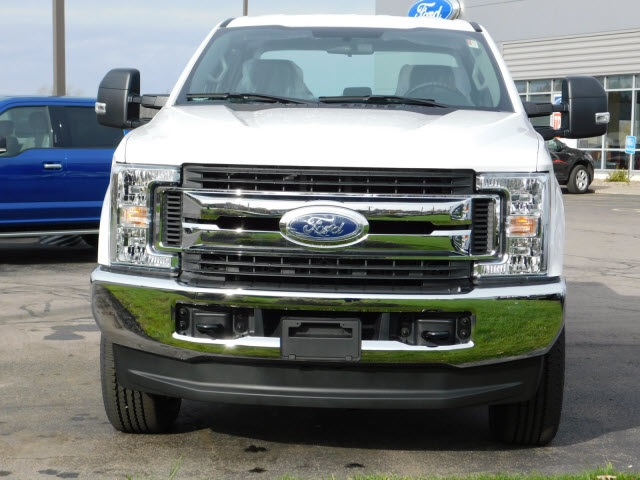 2017 F-350 Super Cab 4x4 Pickup #F171060 - photo 3