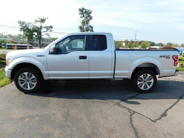 2018 F-150 Super Cab 4x4 Pickup #H180041 - photo 4