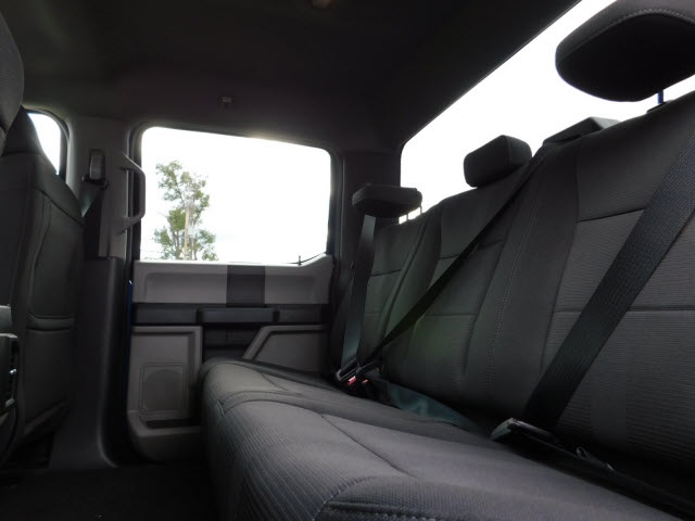 2018 F-150 Crew Cab 4x4 Pickup #H180089 - photo 10
