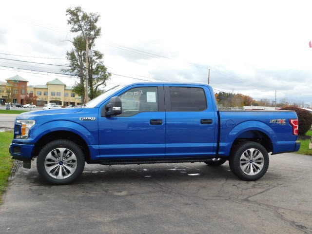 2018 F-150 Crew Cab 4x4 Pickup #H180089 - photo 4