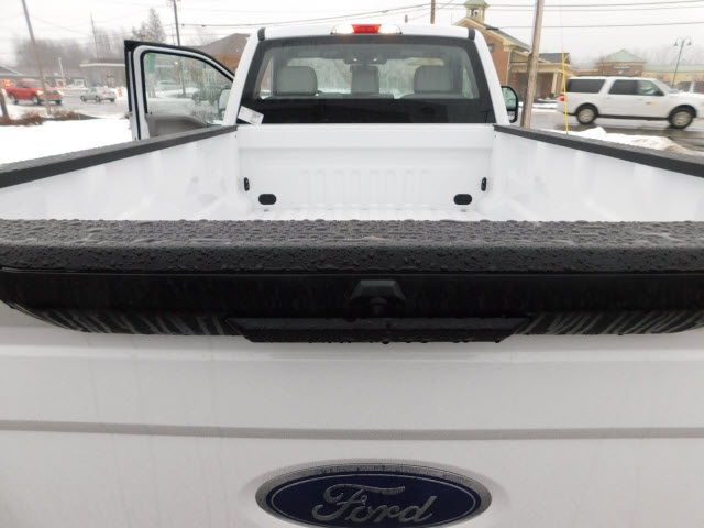 2018 F-250 Regular Cab 4x4, Pickup #H180221 - photo 10