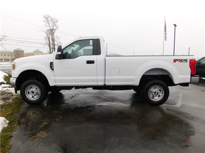 2018 F-250 Regular Cab 4x4, Pickup #H180221 - photo 4