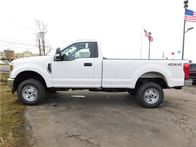 2018 F-250 Regular Cab 4x4, Pickup #H180256 - photo 4