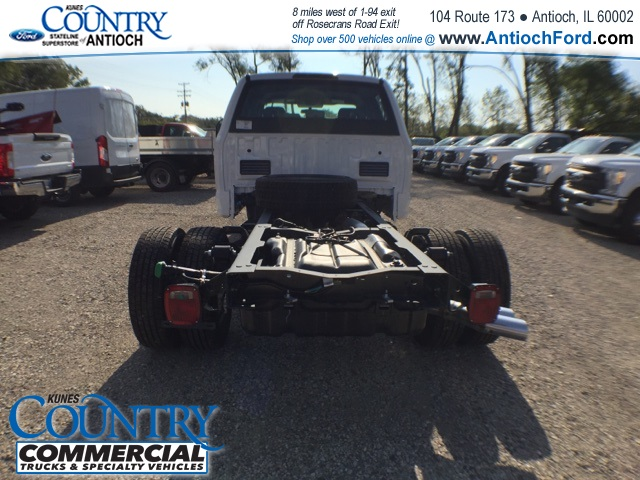 2017 F-350 Crew Cab DRW 4x4, Cab Chassis #AT08897 - photo 9