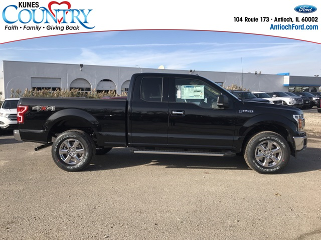 2018 F-150 Super Cab 4x4 Pickup #AT09085 - photo 4