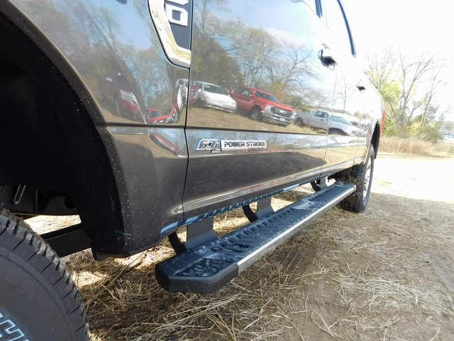 2017 F-250 Crew Cab 4x4 Pickup #AT09118 - photo 11