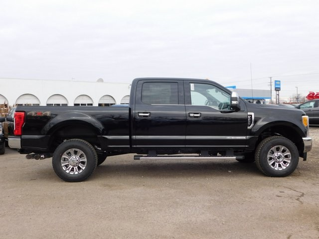 2017 F-250 Crew Cab 4x4,  Pickup #AT09304 - photo 4