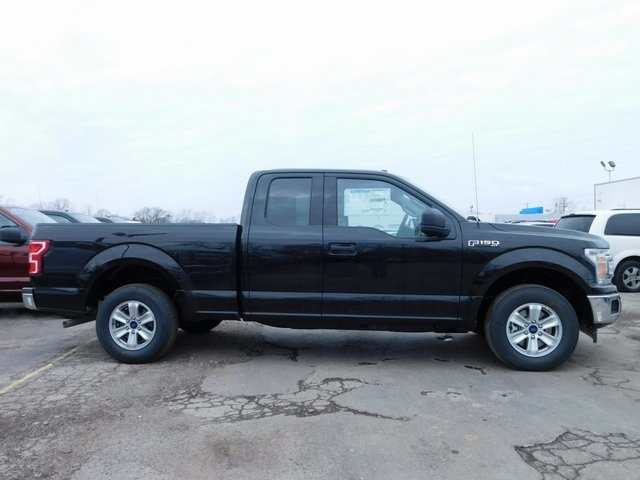 2018 F-150 Super Cab 4x2,  Pickup #AT09364 - photo 3
