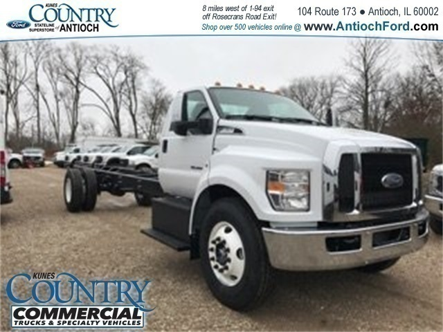 2018 F-650 Regular Cab DRW, Cab Chassis #AT09554 - photo 3