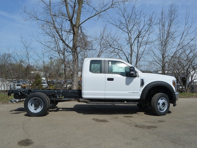 2018 F-450 Super Cab DRW 4x4,  Cab Chassis #AT09657 - photo 4