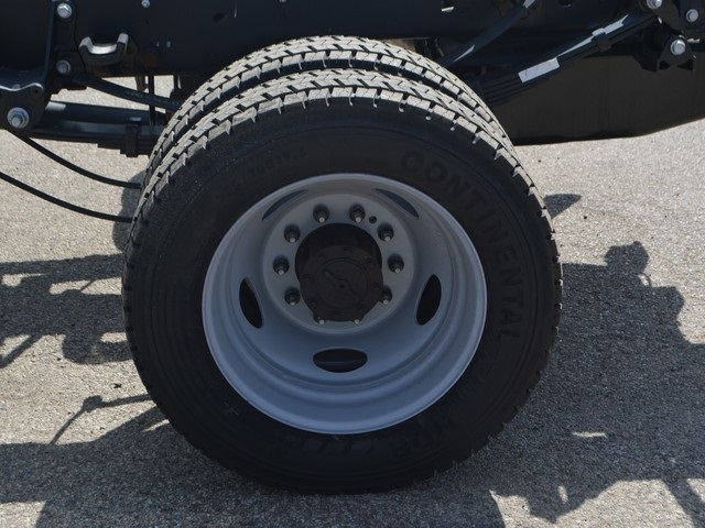 2018 F-450 Super Cab DRW 4x4,  Cab Chassis #AT09657 - photo 23