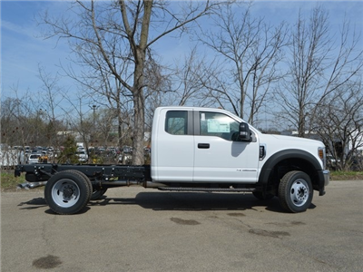 2018 F-450 Super Cab DRW 4x4,  Cab Chassis #AT09657 - photo 3
