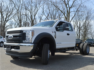 2018 F-450 Super Cab DRW 4x4,  Cab Chassis #AT09657 - photo 5