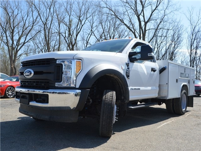 2017 F-450 Regular Cab DRW 4x4,  Reading SL Service Body #AT09668 - photo 5