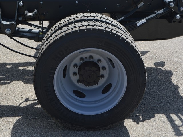 2018 F-450 Super Cab DRW 4x4,  Cab Chassis #AT09717 - photo 22