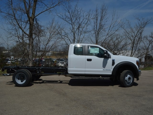 2018 F-450 Super Cab DRW 4x4,  Cab Chassis #AT09720 - photo 3
