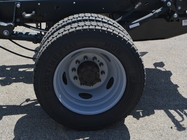 2018 F-450 Super Cab DRW 4x4,  Cab Chassis #AT09720 - photo 22