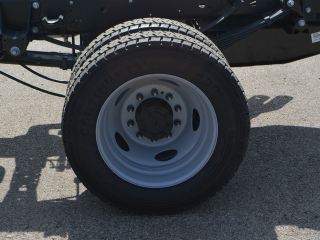 2018 F-450 Super Cab DRW 4x4,  Cab Chassis #AT09721 - photo 22