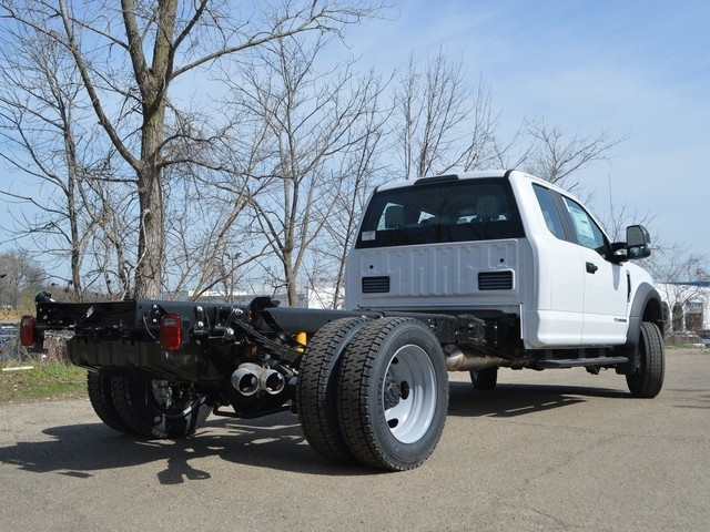 2018 F-450 Super Cab DRW 4x4,  Cab Chassis #AT09721 - photo 2