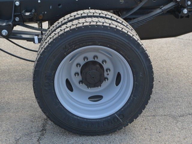 2018 F-450 Super Cab DRW 4x4,  Cab Chassis #AT09735 - photo 22