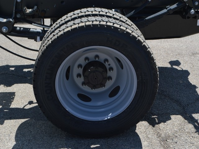 2018 F-450 Super Cab DRW 4x4,  Cab Chassis #AT09736 - photo 22