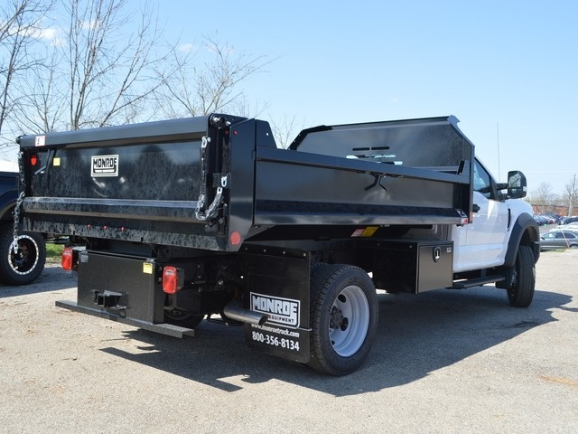 2018 F-550 Regular Cab DRW 4x4,  Monroe Dump Body #AT09790 - photo 7