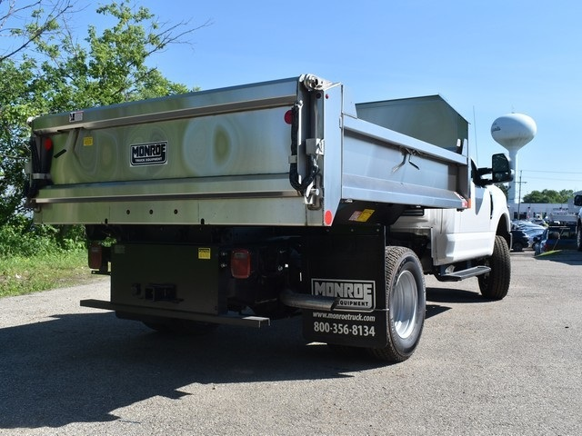 2018 F-350 Regular Cab DRW 4x4,  Monroe Dump Body #AT09791 - photo 34