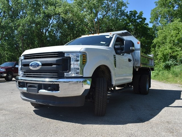 2018 F-350 Regular Cab DRW 4x4,  Monroe Dump Body #AT09810 - photo 5