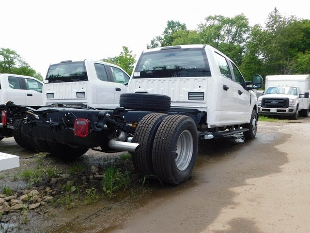 2018 F-350 Crew Cab DRW 4x2,  Cab Chassis #AT09838 - photo 2