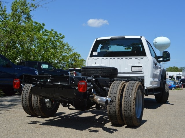 2018 F-450 Regular Cab DRW 4x4,  Cab Chassis #AT09844 - photo 3
