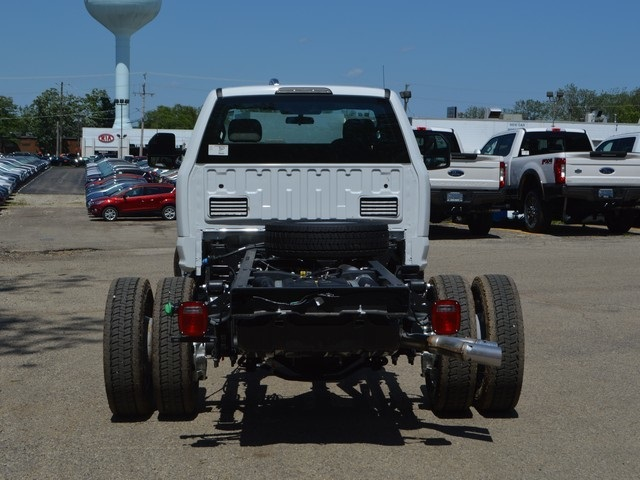 2018 F-450 Regular Cab DRW 4x4,  Cab Chassis #AT09844 - photo 4