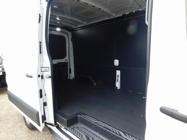 2018 Transit 250 Med Roof 4x2,  Empty Cargo Van #AT09911 - photo 16