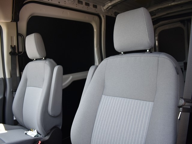2018 Transit 250 Med Roof 4x2,  Empty Cargo Van #AT09911 - photo 3