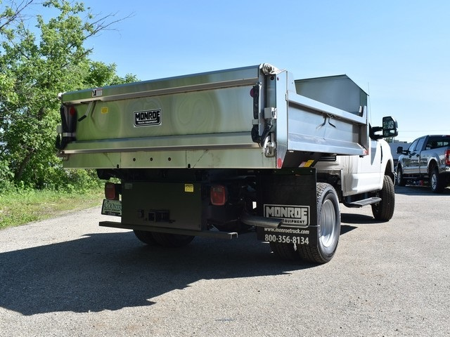2018 F-350 Regular Cab DRW 4x4,  Monroe Dump Body #AT09924 - photo 2