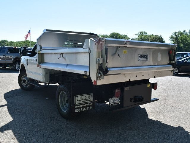 2018 F-350 Regular Cab DRW 4x4,  Monroe Dump Body #AT09924 - photo 5