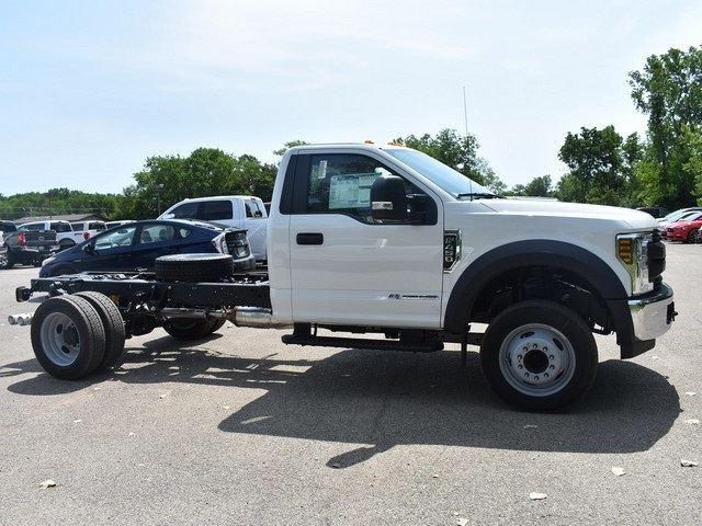 2018 F-450 Regular Cab DRW 4x2,  Cab Chassis #AT09982 - photo 3