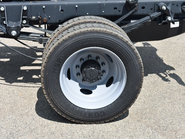 2018 F-450 Regular Cab DRW 4x2,  Cab Chassis #AT09982 - photo 24