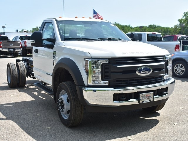 2018 F-450 Regular Cab DRW 4x2,  Cab Chassis #AT09982 - photo 8