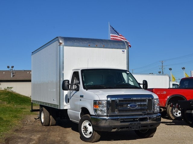 2018 E-350 4x2,  American Cargo by Midway Cutaway Van #AT09996 - photo 9