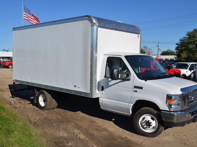 2018 E-350 4x2,  American Cargo by Midway Cutaway Van #AT09996 - photo 3