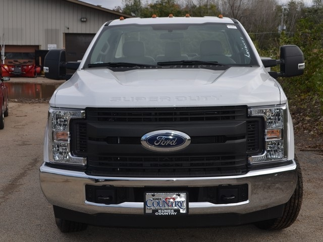 2018 F-350 Regular Cab DRW 4x2,  Service Body #AT10115 - photo 8