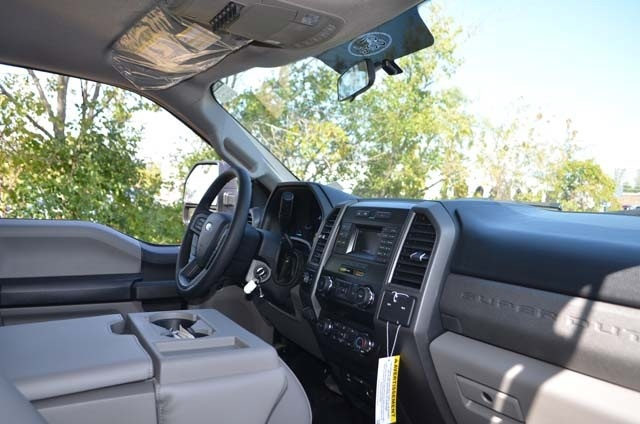 2019 F-450 Super Cab DRW 4x4,  Monroe Contractor Body #AT10220 - photo 11
