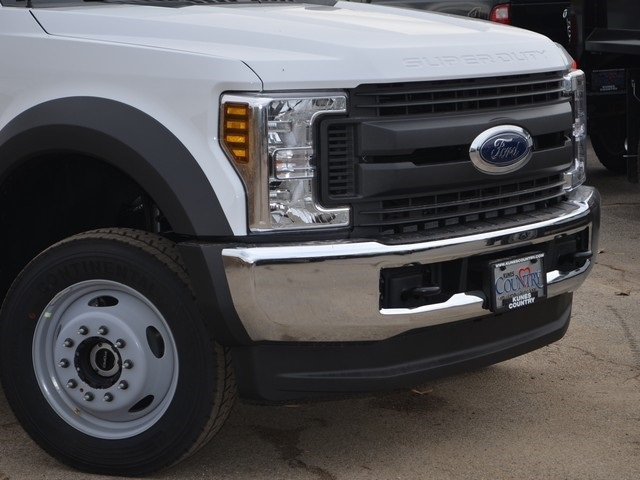 2019 F-450 Regular Cab DRW 4x4,  Cab Chassis #AT10251 - photo 3