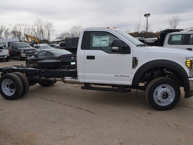 2019 F-450 Regular Cab DRW 4x4,  Cab Chassis #AT10251 - photo 4