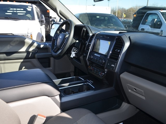 2018 F-150 SuperCrew Cab 4x4,  Pickup #AT10339 - photo 10