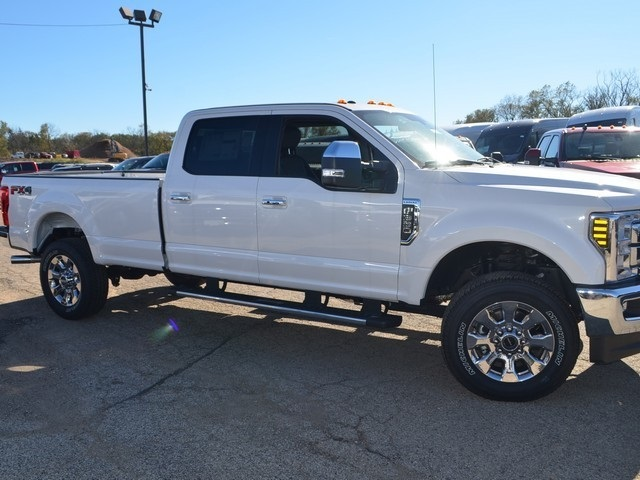 2018 F-350 Crew Cab 4x4,  Pickup #AT10365 - photo 4